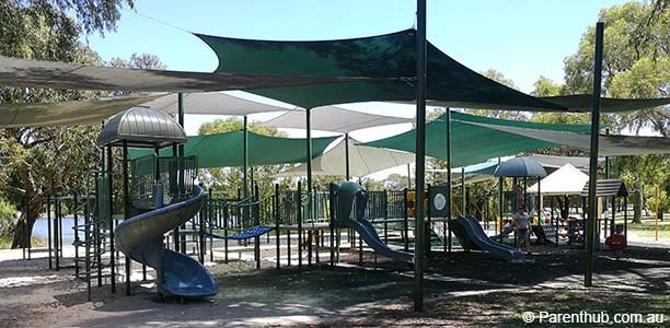 Jackadder Lake Reserve and Playground